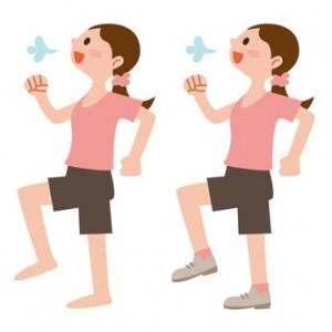 簡単な足踏み運動の見本
